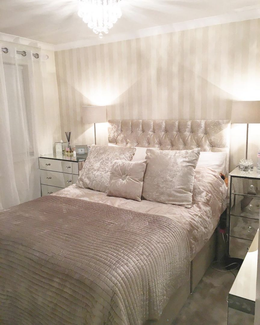 52 Small Bedroom Decorating Ideas That Have Major Impressions throughout Taupe Bedroom Decorating Ideas