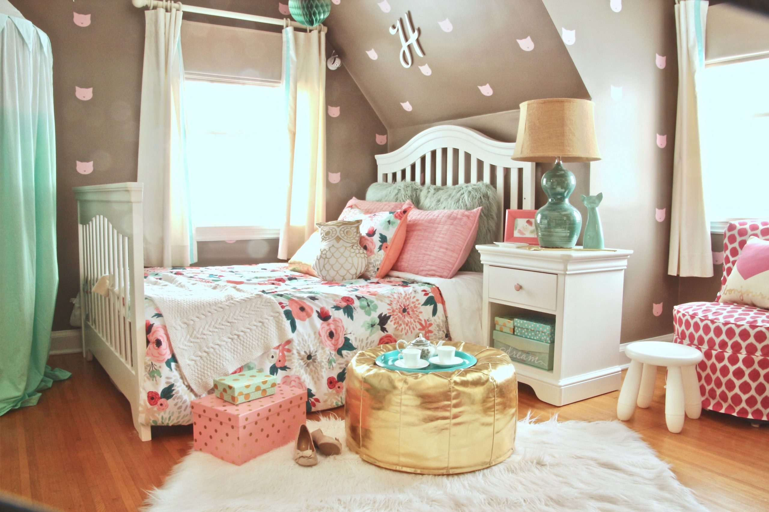 A Little Girl's Dream Bedroom: Pink And Turquoise Meet with regard to Beautiful Taupe Bedroom Decorating Ideas