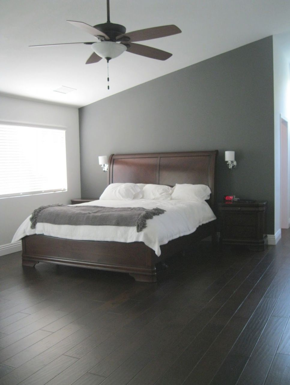 Bedroom Decoration. 27 Enthralling Grey Bedroom Ideas for Bedroom Decorating Ideas Grey And White
