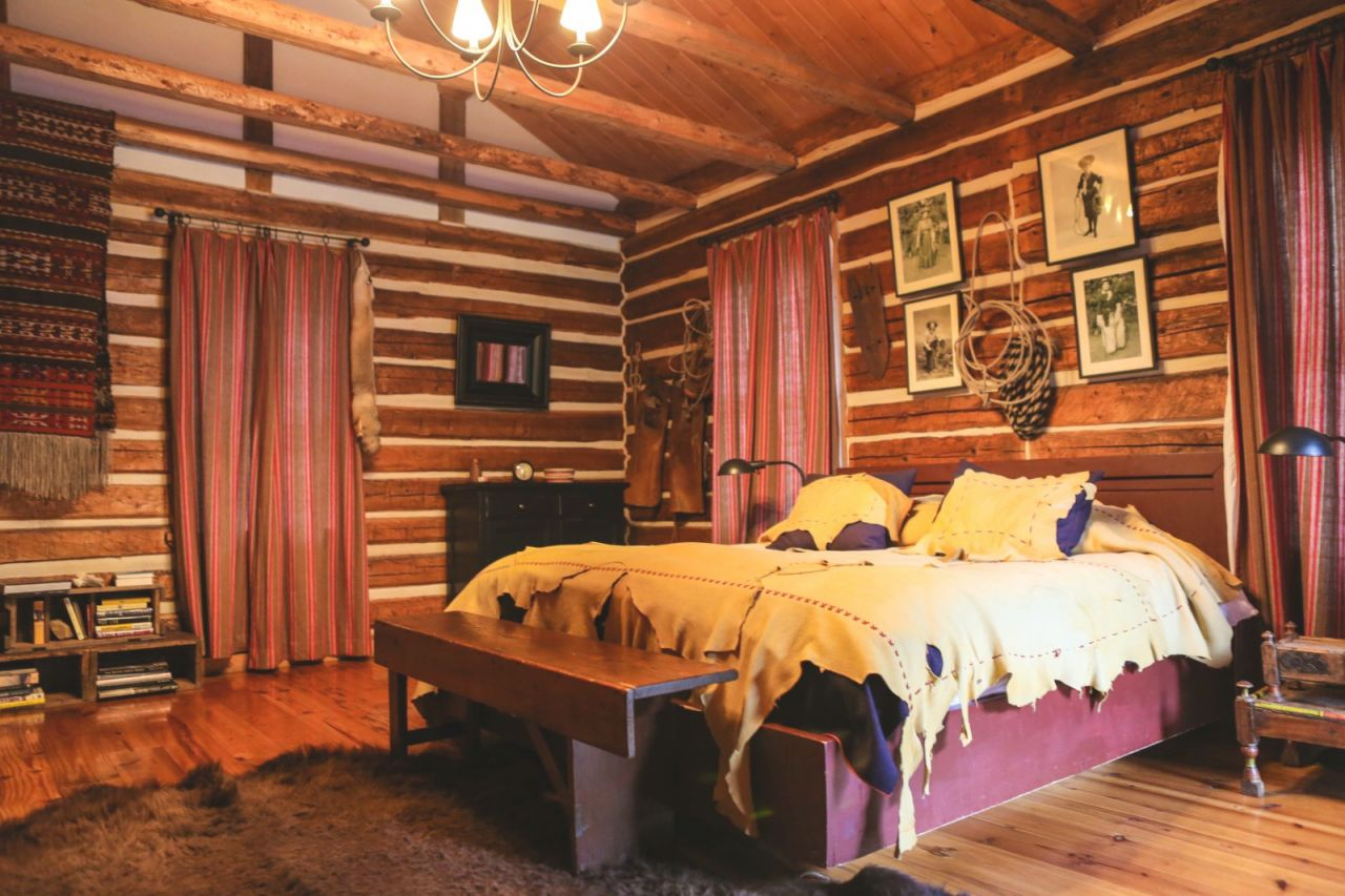 Bedroom Ideas : Stylish Cabin Idea Log Home Decorating Decor with Inspirational Cabin Bedroom Decorating Ideas