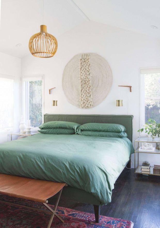 Bedrooms: Extraordinary Rustic Bedroom Ideas For Your Dream in Cabin Bedroom Decorating Ideas