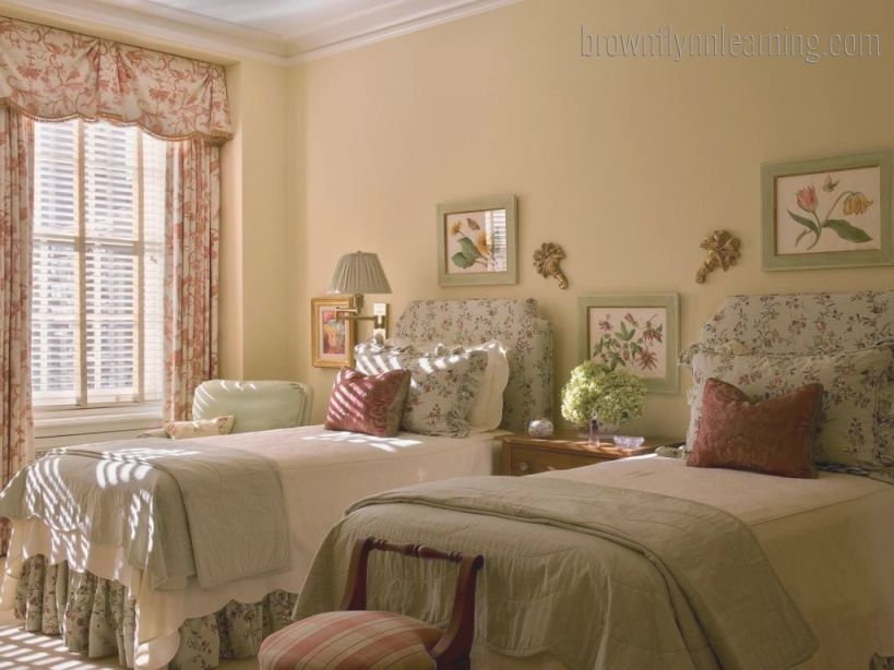 Classy Twin Bed Guest Bedrooms That Can Make Great Decor intended for Twin Bedroom Decorating Ideas