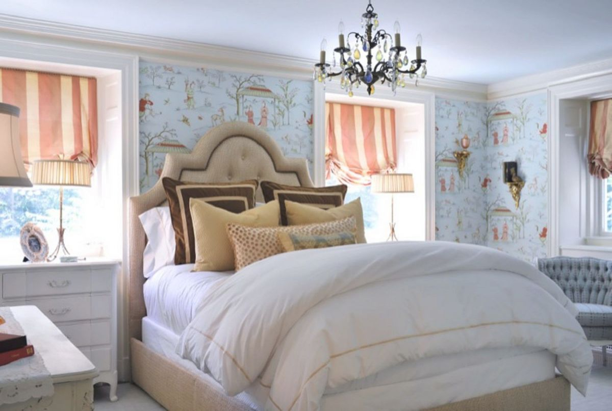 Ideas For French Country-Style Bedroom Decor in French Bedroom Decorating Ideas