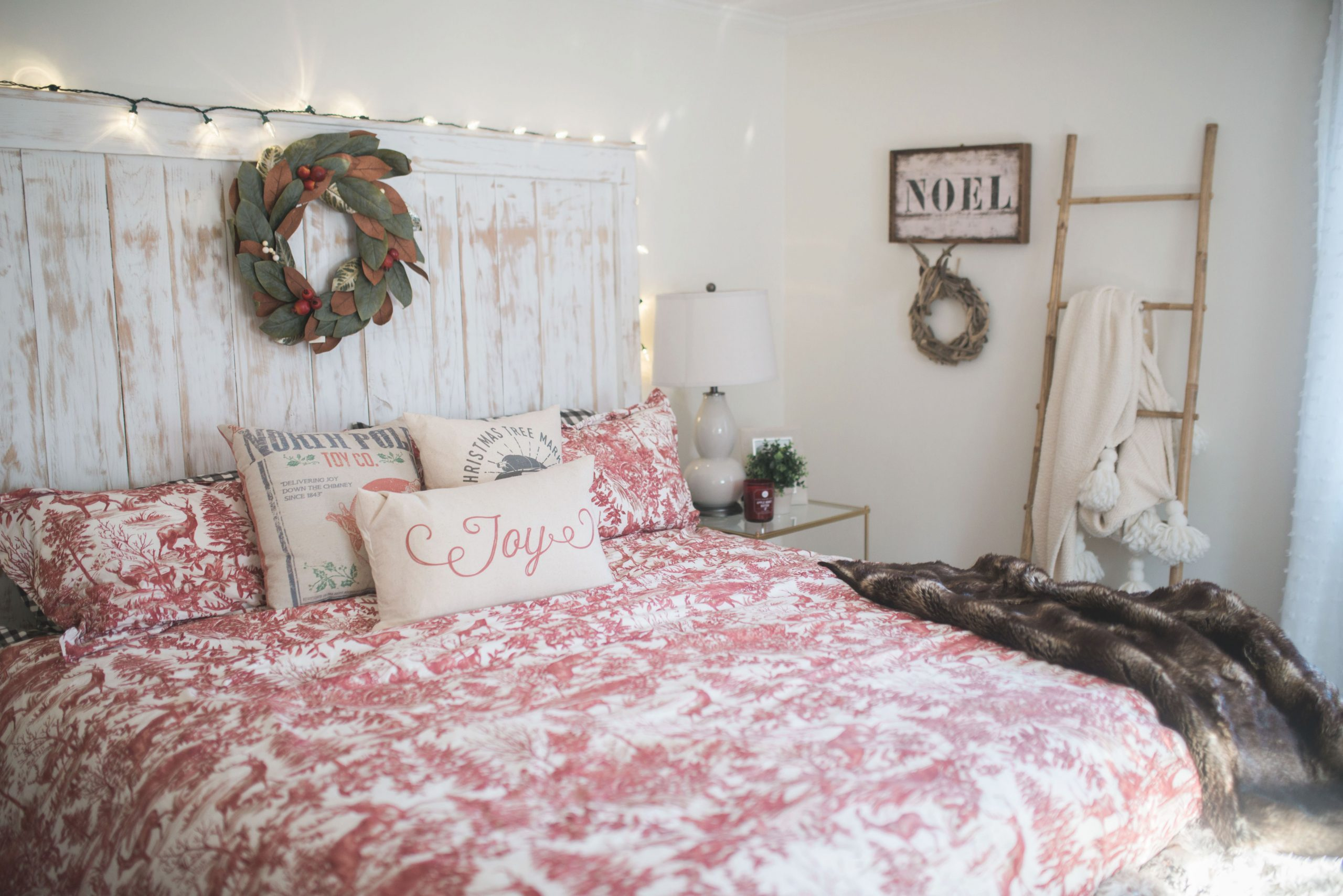 Our Bedroom Holiday Decor // Bedroom Wall Decorations for Unique Wall Decor Bedroom Ideas