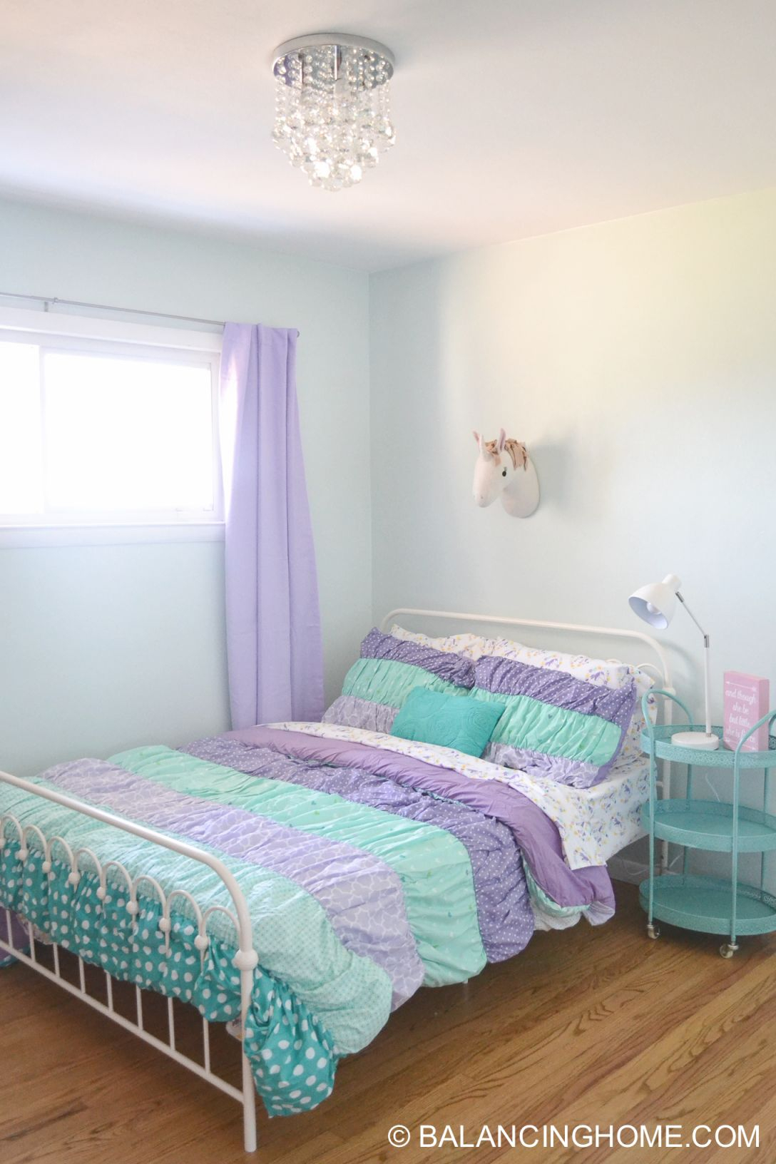 Small Bedroom Decor & Bedroom Decorating Ideas - Balancing Home throughout Elegant Small Bedroom Decorating Ideas