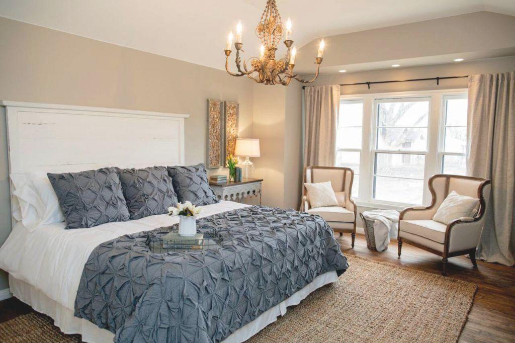 16+ Sleek And Stylish Master Bedroom Decorating Ideas regarding Lovely Decorating Ideas Master Bedroom