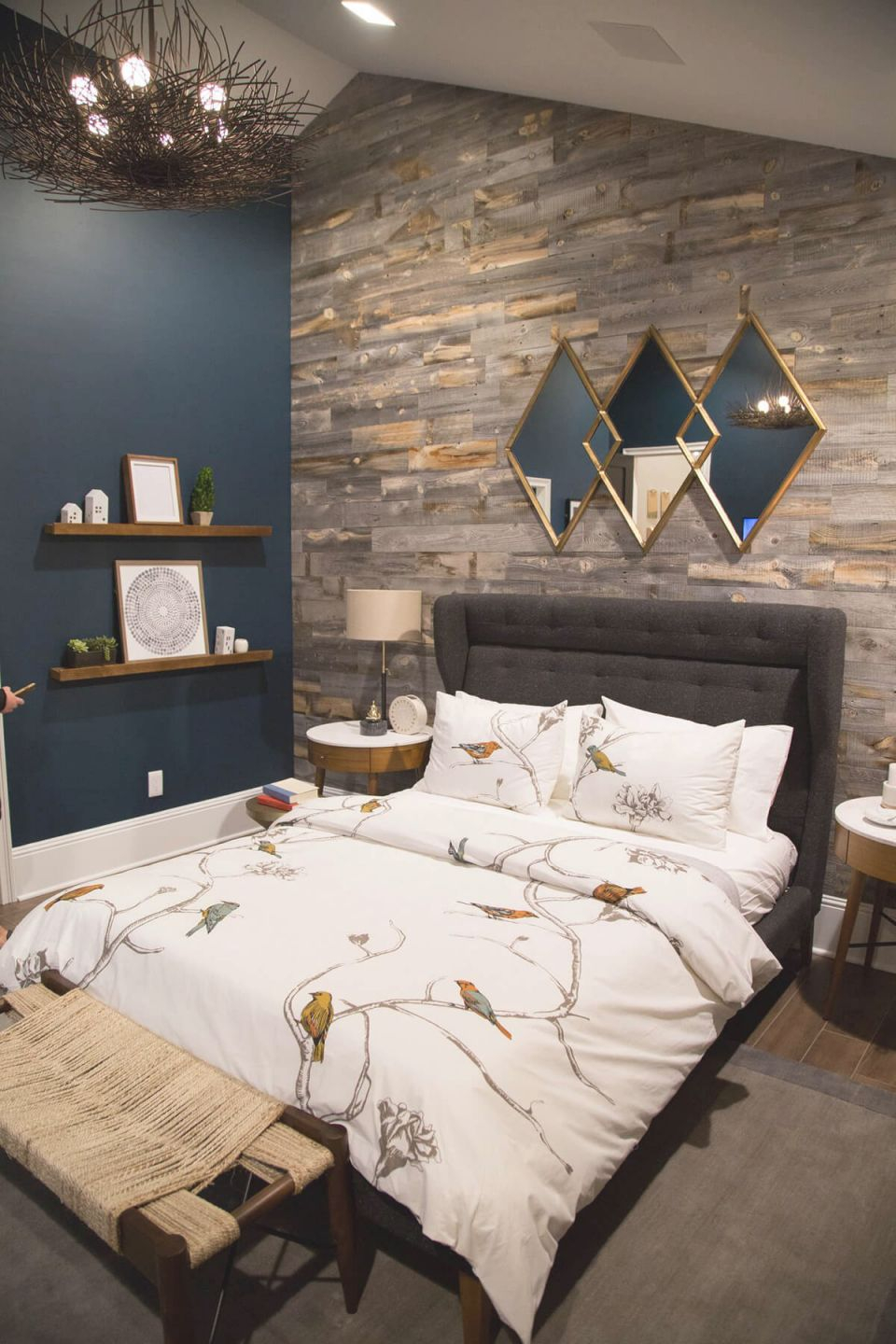 25+ Best Bedroom Wall Decor Ideas And Designs For 2020 inside Beautiful Decorative Ideas For Bedroom