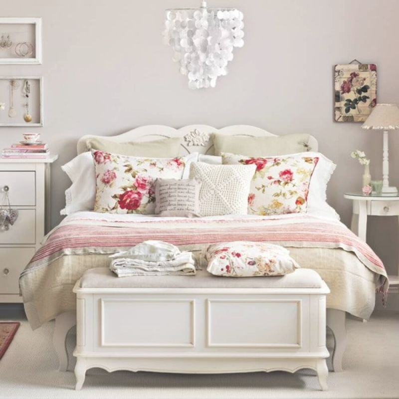 33 Best Vintage Bedroom Decor Ideas And Designs For 2020 within Decoration For Bedrooms Ideas
