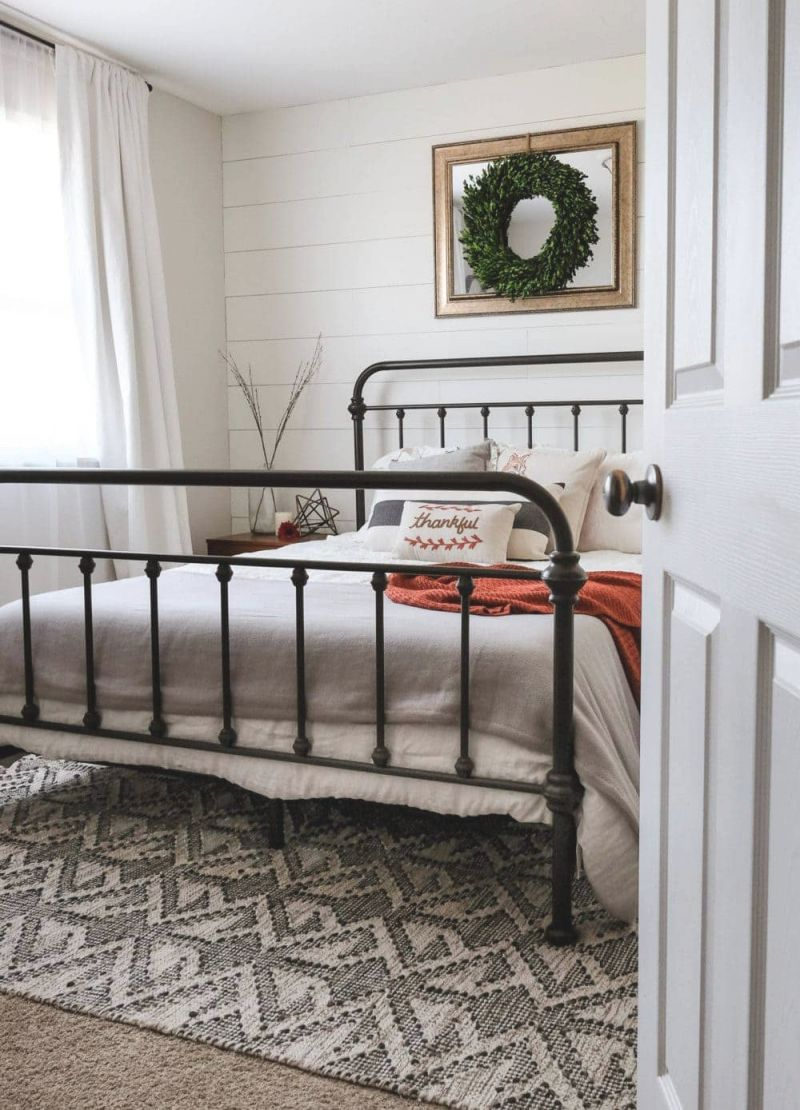 7 Farmhouse Bedroom Decor Ideas | Modern Rustic Style inside Unique Rustic Bedroom Decorating Ideas