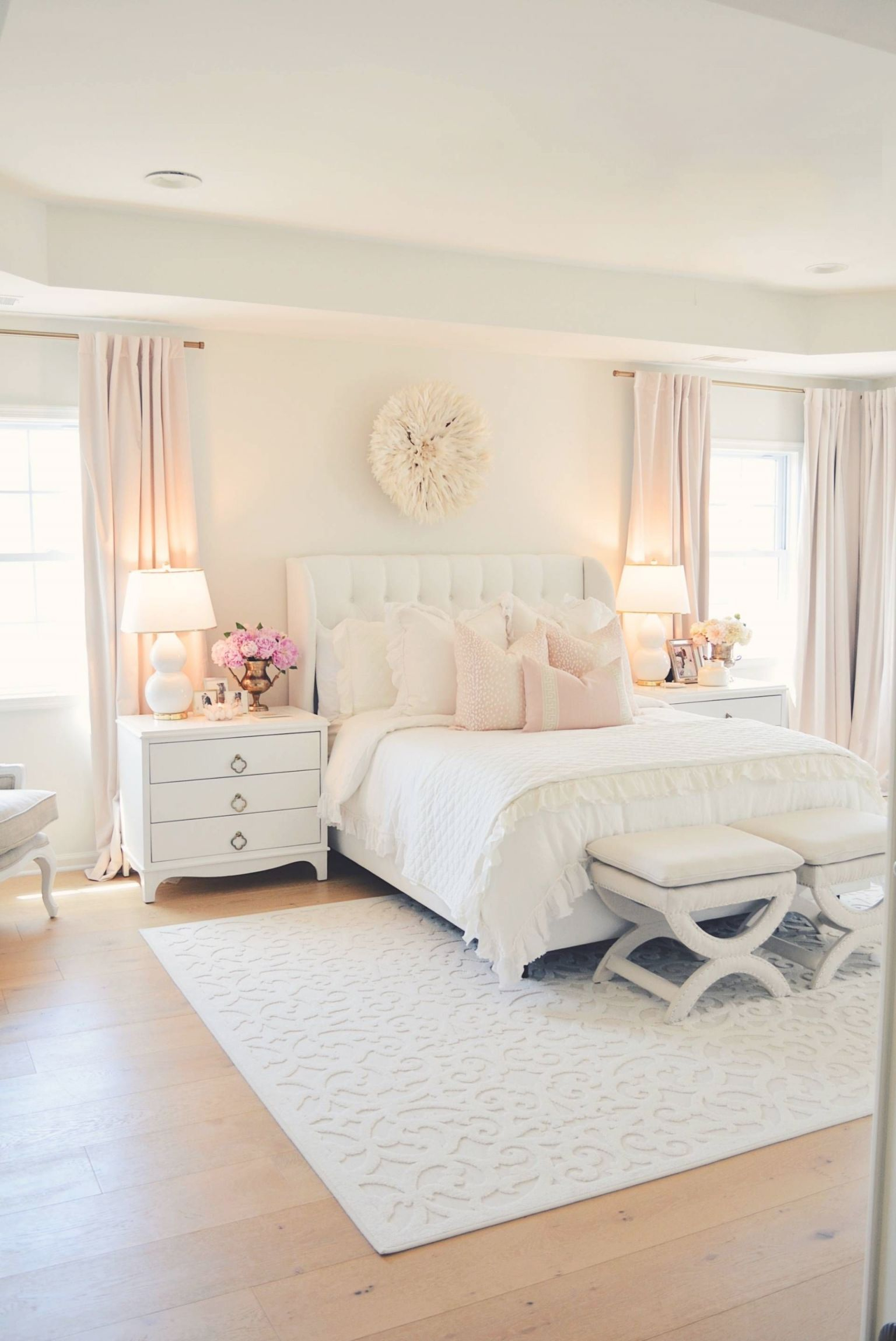 Elegant White Master Bedroom Blush Decorative Pillows Within Unique Home Decor Ideas For Master Bedroom Awesome Decors
