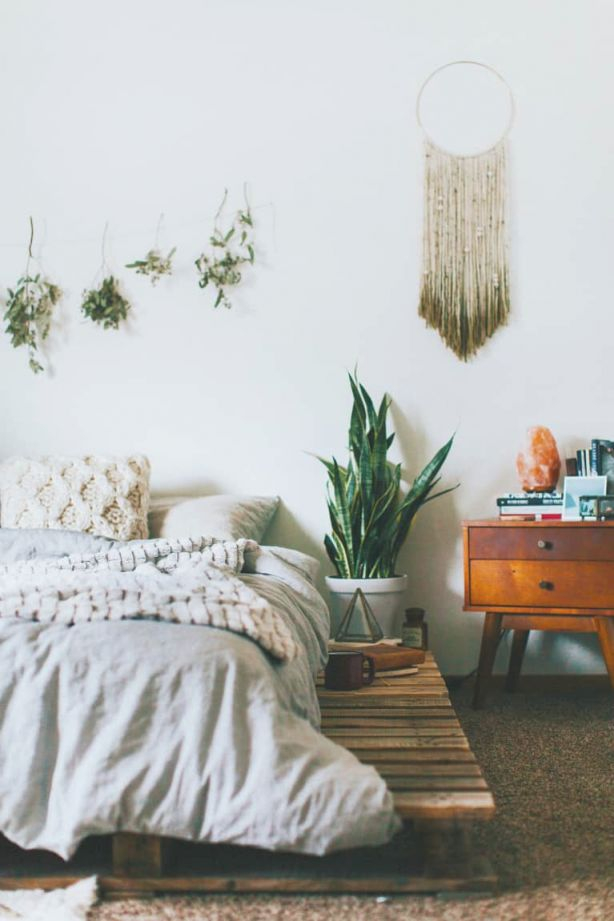 Feng Shui For Your Bedroom 101 pertaining to Feng Shui Bedroom Decorating Ideas
