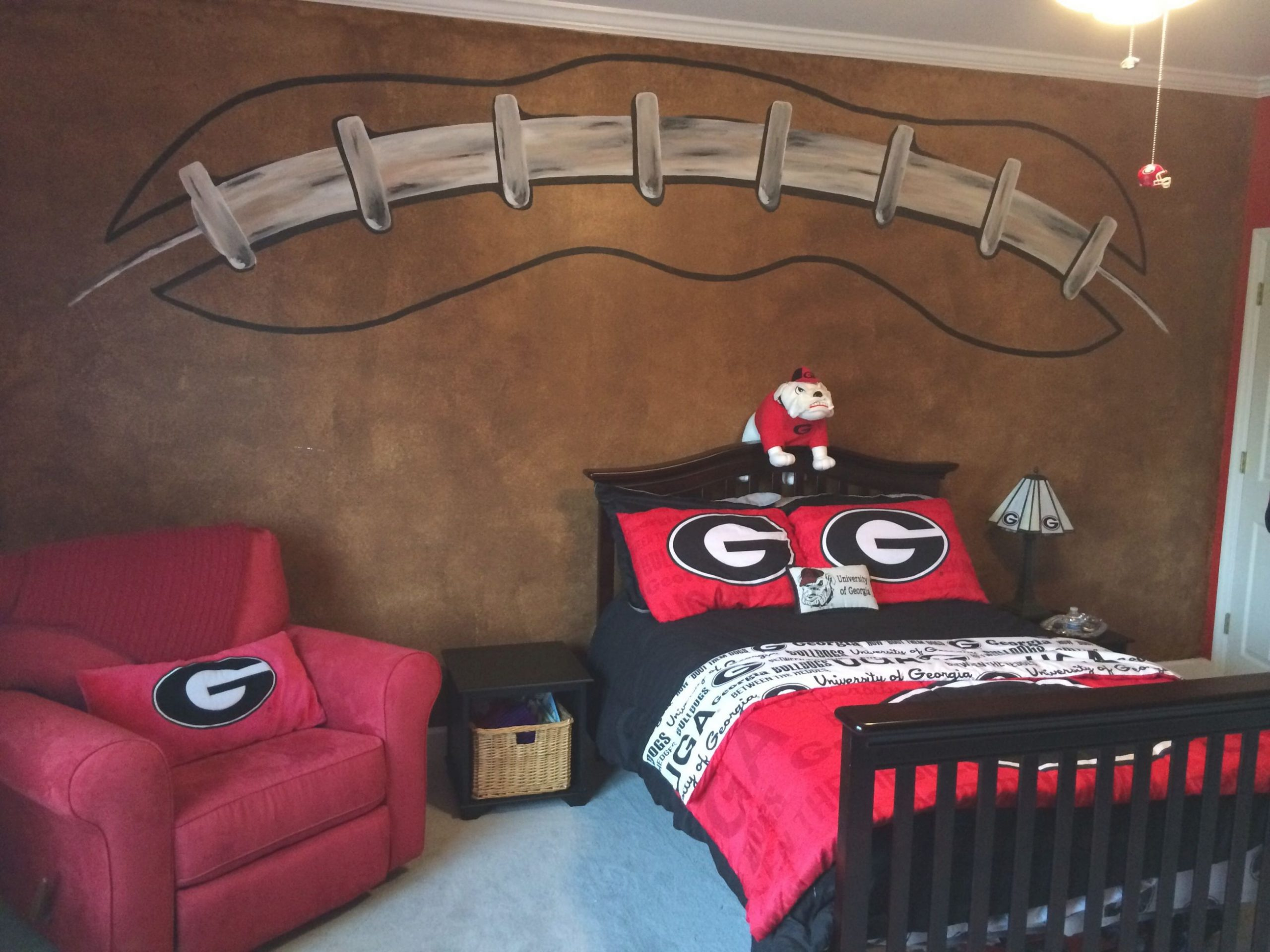 Football Wall, Georgia Bulldogs Room | Georgia Bulldog Room inside Awesome Football Bedroom Decorating Ideas