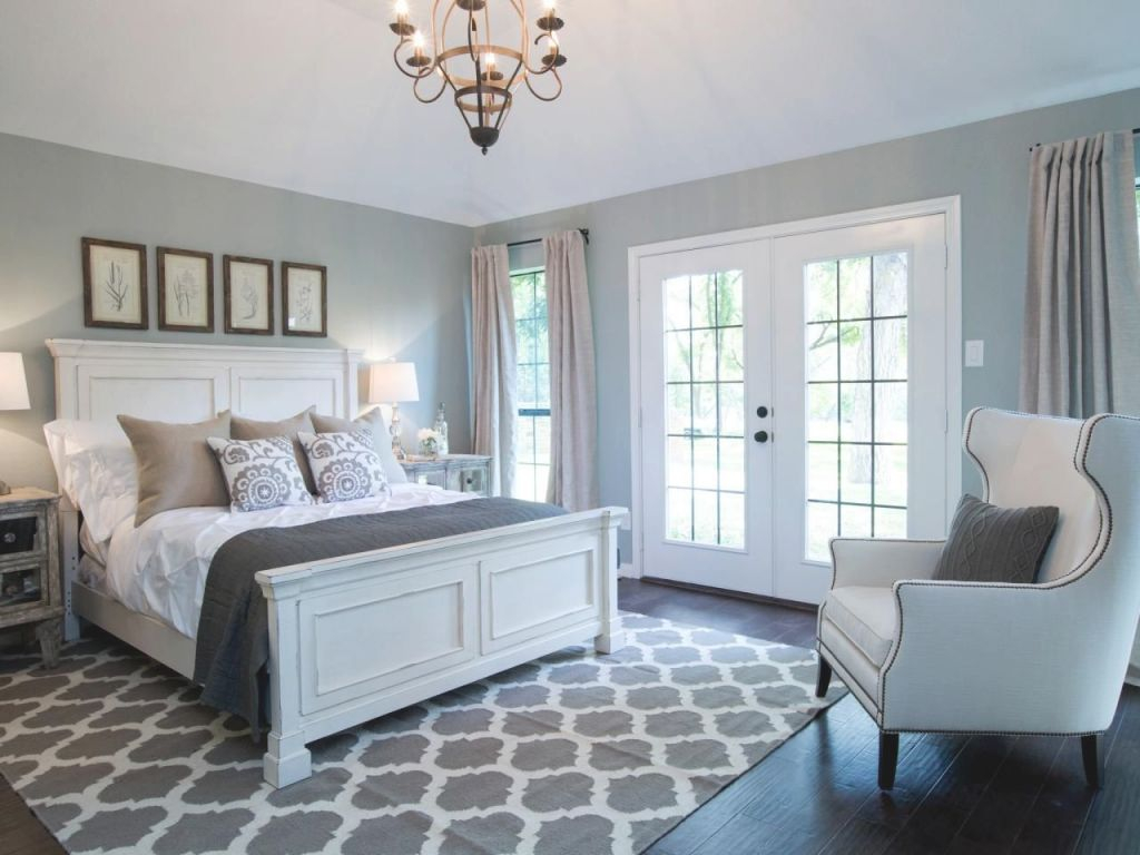Pretty And Relaxing Master Bedroomfixer Upper. Farmhouse with
