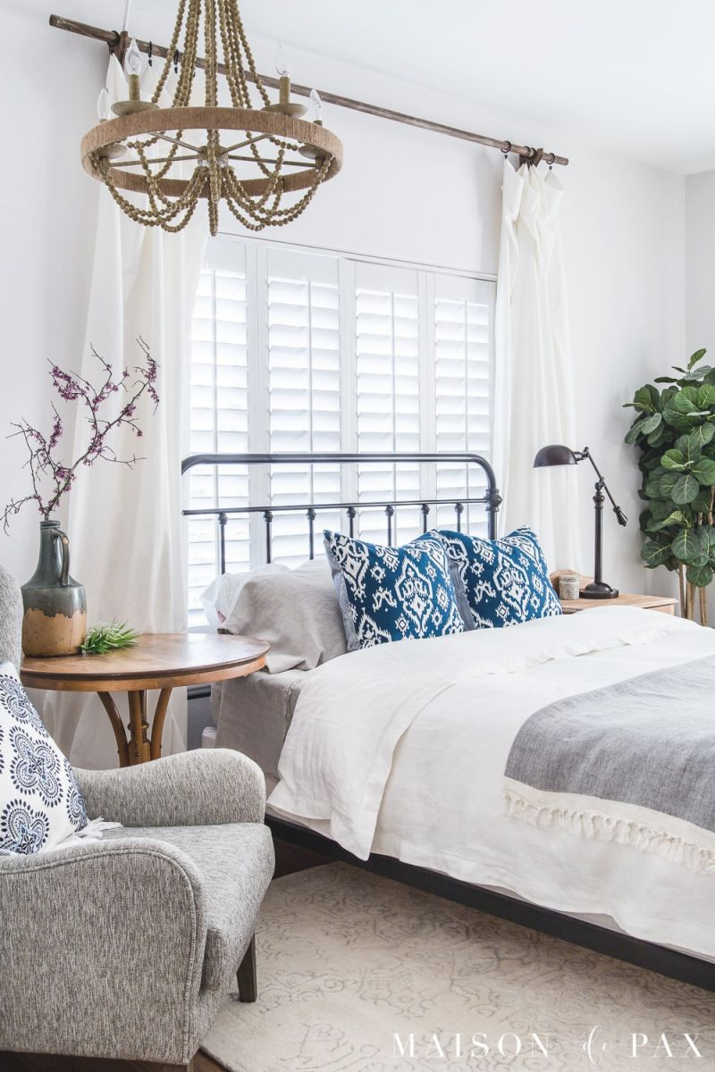 Simple Master Bedroom Decorating Ideas For Spring - Maison throughout Lovely Decorating Ideas Master Bedroom