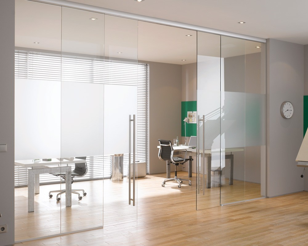 Interior Glass Doors: Best Design Ideas and Application. Great open space studio with the homeoffice