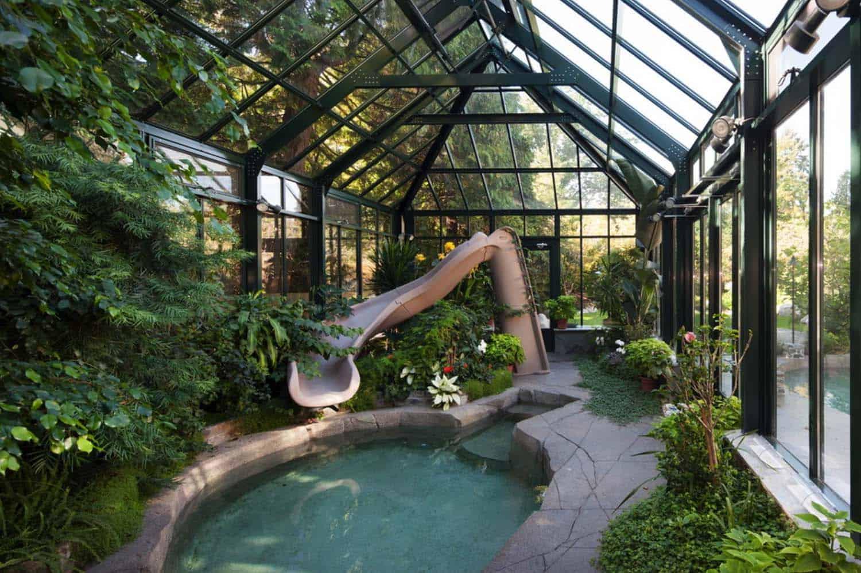Amazing-Conservatory-Greenhouse-Ideas-05-1-Kindesign
