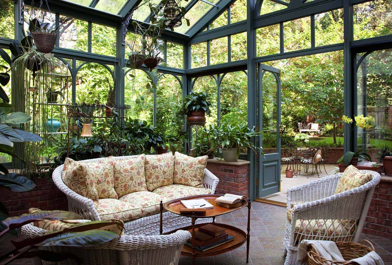 Amazing-Conservatory-Greenhouse-Ideas-19-1-Kindesign