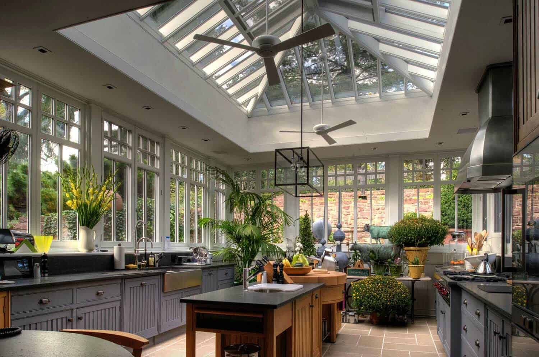 Amazing-Conservatory-Greenhouse-Ideas-27-1-Kindesign