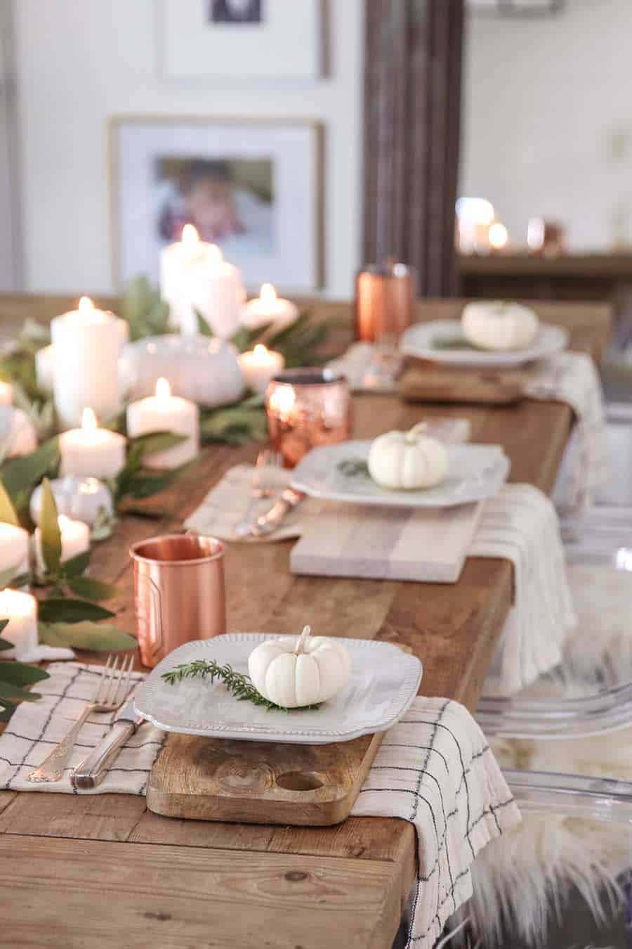 Amazing-Fall-Table-Decor-Ideas-For-Decorating-11-1-Kindesign