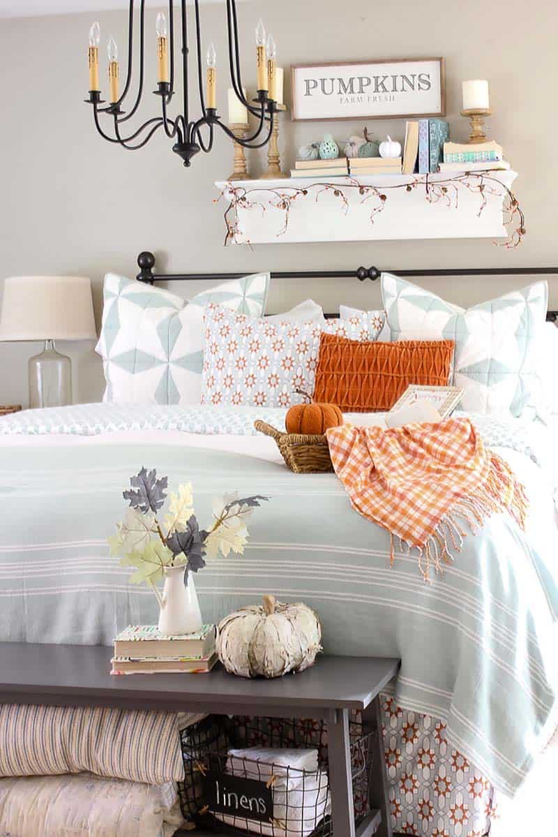 Bedroom-Decorating-Ideas-For-Autumn-10-1-Kindesign