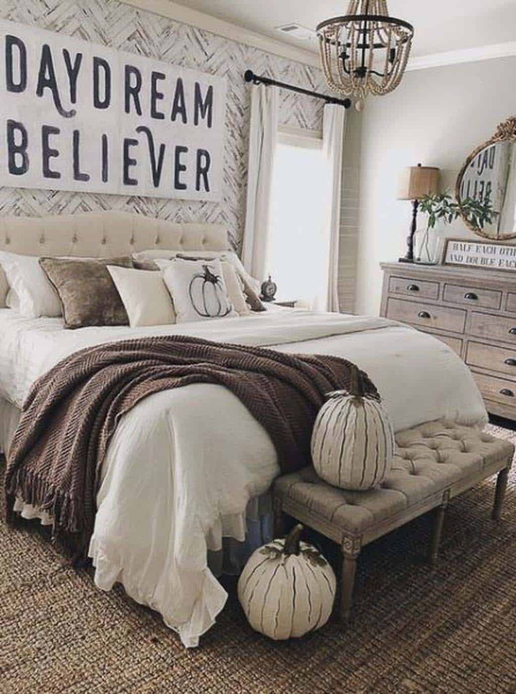 Bedroom-Decorating-Ideas-For-Autumn-18-1-Kindesign