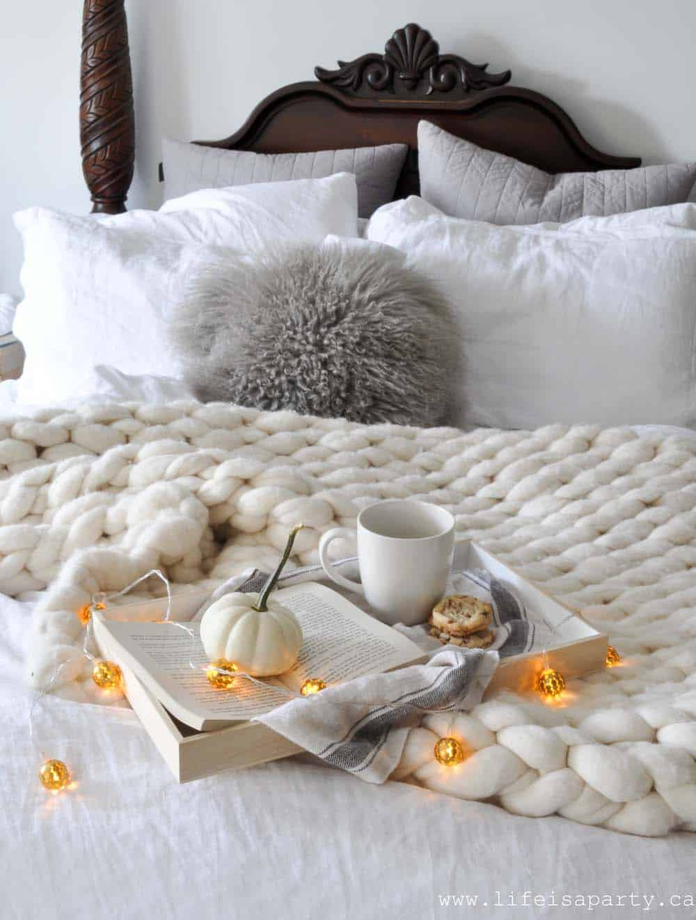 Bedroom-Decorating-Ideas-For-Autumn-20-1-Kindesign