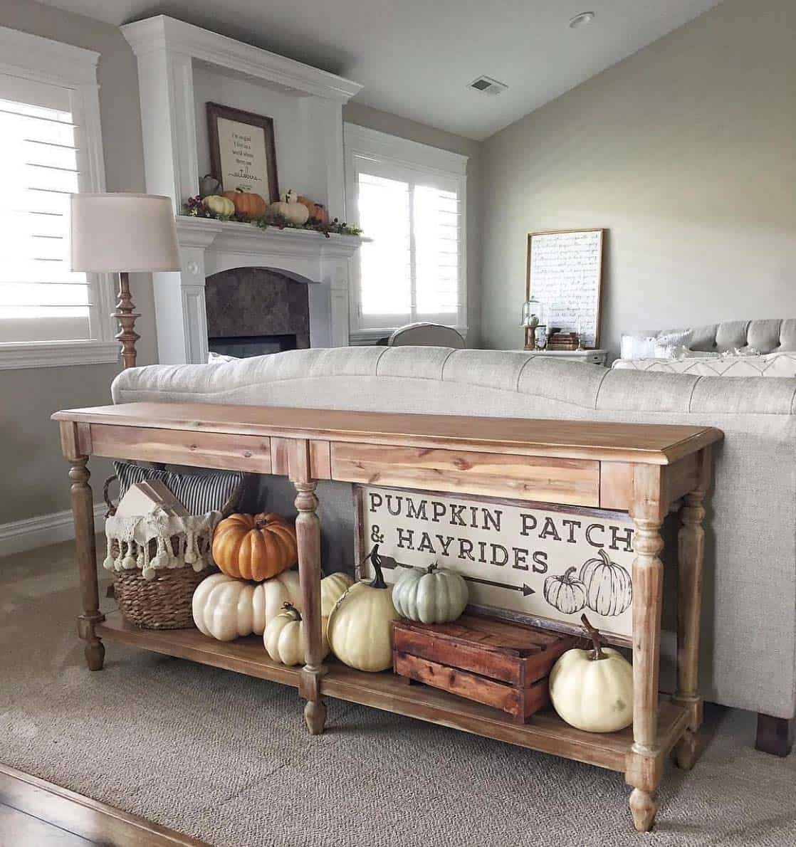Console-Table-Fall-Decor-Ideas-10-1-Kindesign