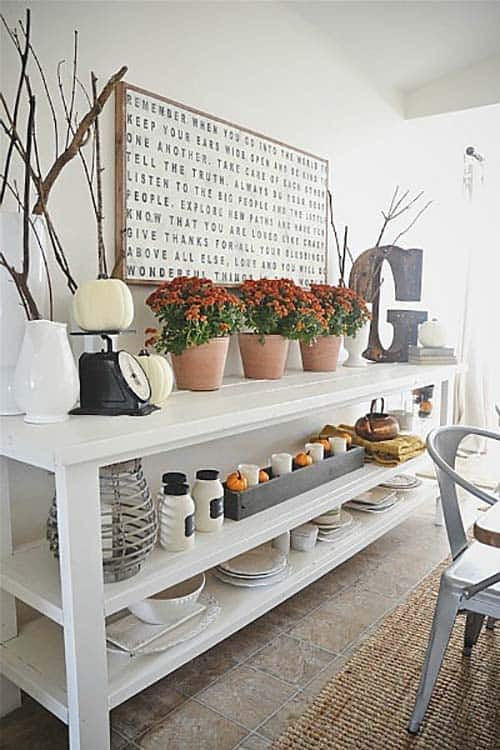 Console-Table-Fall-Decor-Ideas-19-1-Kindesign