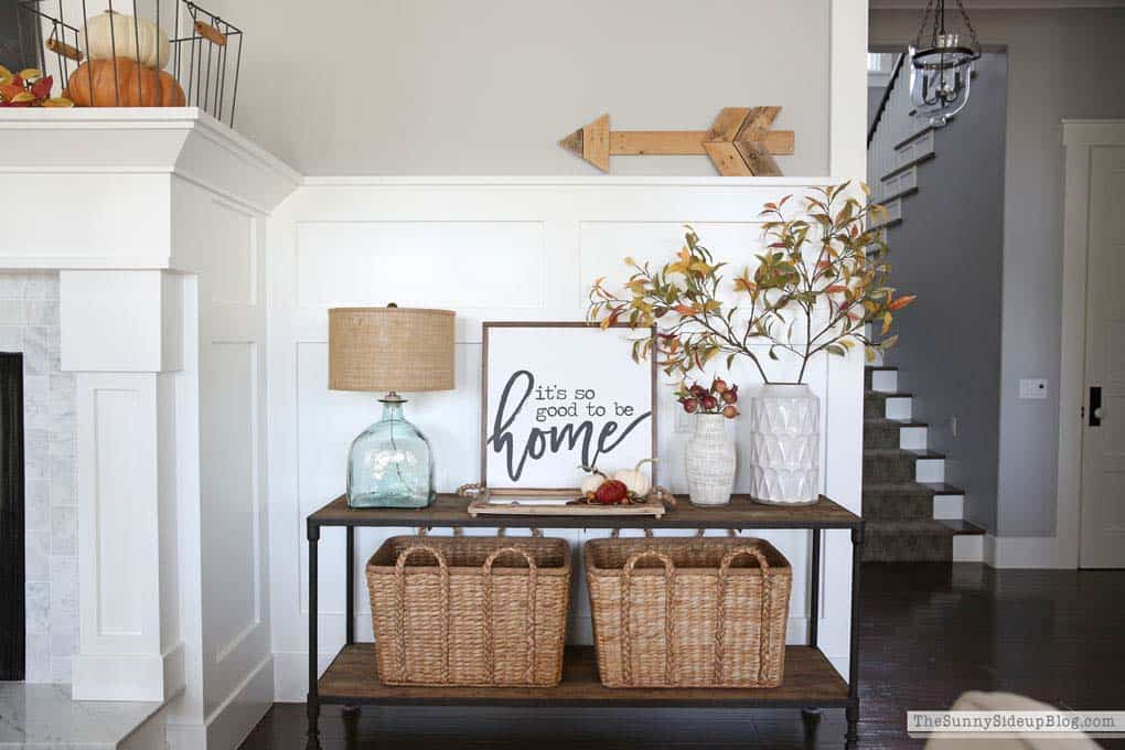 Console-Table-Fall-Decor-Ideas-22-1-Kindesign