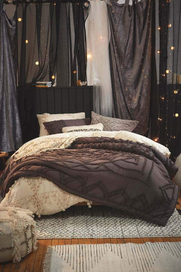 Cozy-Fall-Inspired-Bedrooms-07-1-Kindesign