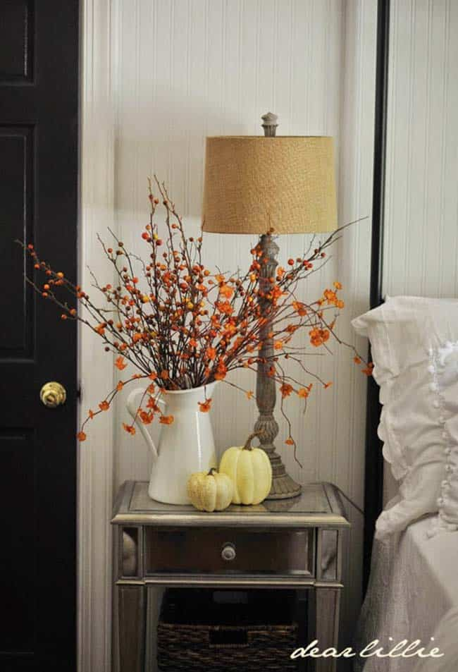 Cozy-Fall-Inspired-Bedrooms-10-1-Kindesign