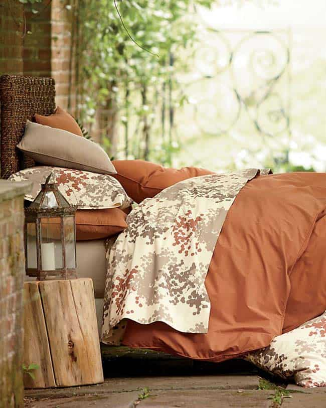 Cozy-Fall-Inspired-Bedrooms-13-1-Kindesign
