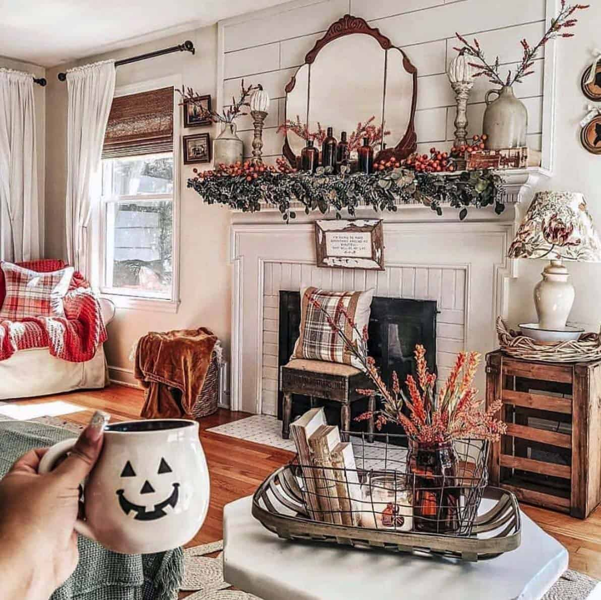 Cozy-Farmhouse-Fall-Decor-Ideas-12-1-Kindesign