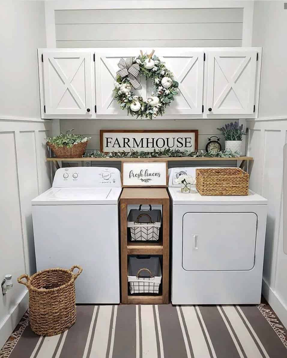 Cozy-Farmhouse-Fall-Decor-Ideas-29-1-Kindesign