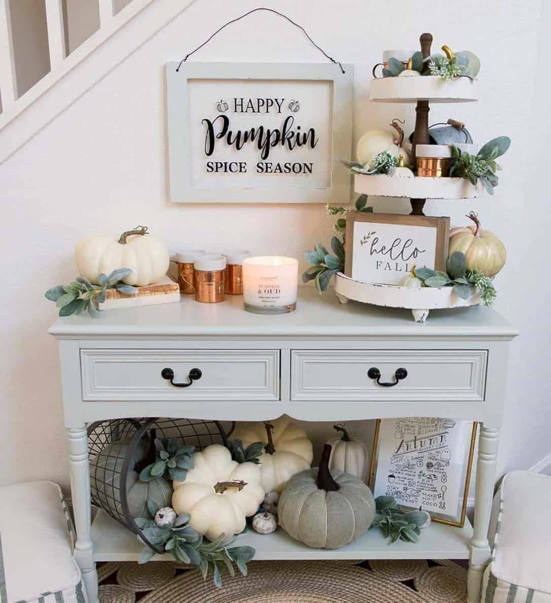 Cozy-Farmhouse-Fall-Decor-Ideas-31-1-Kindesign