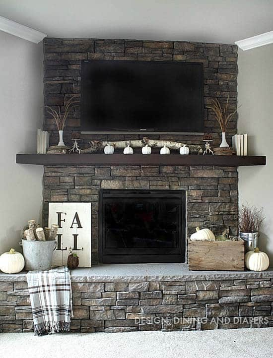 Fall-Decorating-Ideas-Fireplace-Mantel-19-1-Kindesign