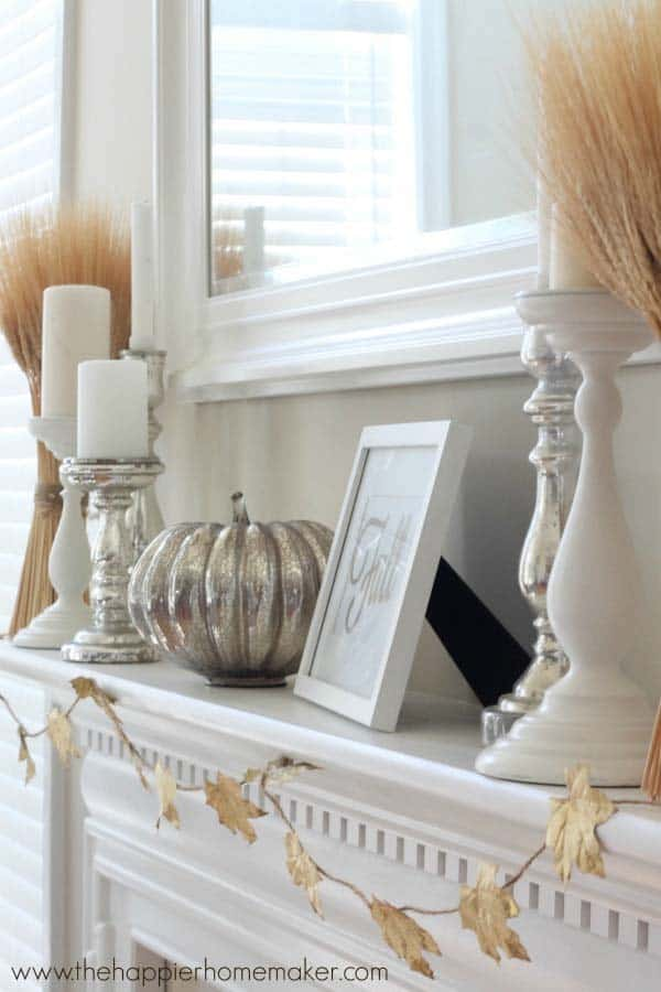 Fall-Decorating-Ideas-Fireplace-Mantel-21-1-Kindesign