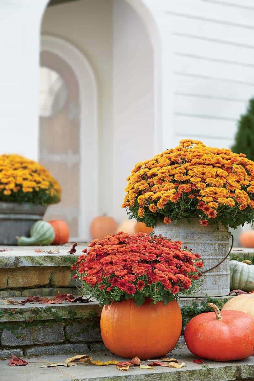Fall-Front-Door-Decorating-Ideas-04-1-Kindesign
