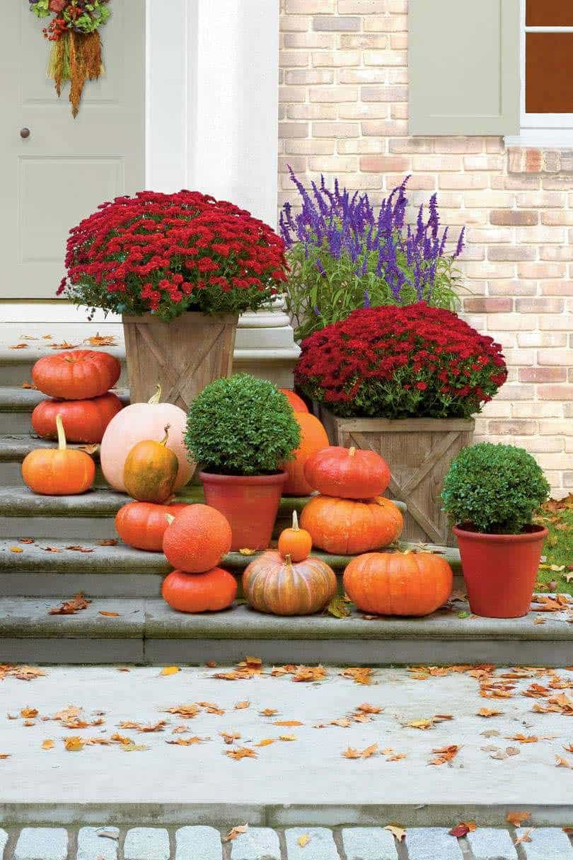 Fall-Front-Door-Decorating-Ideas-05-1-Kindesign