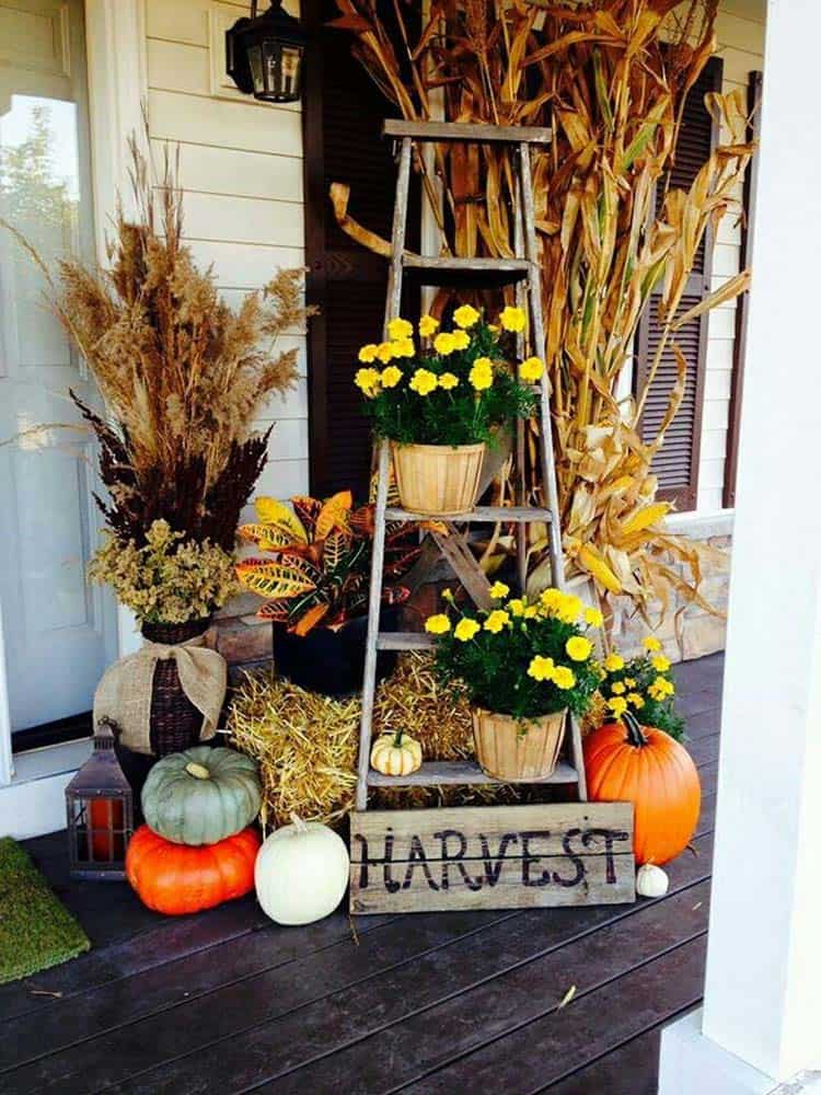 Fall-Front-Door-Decorating-Ideas-10-1-Kindesign