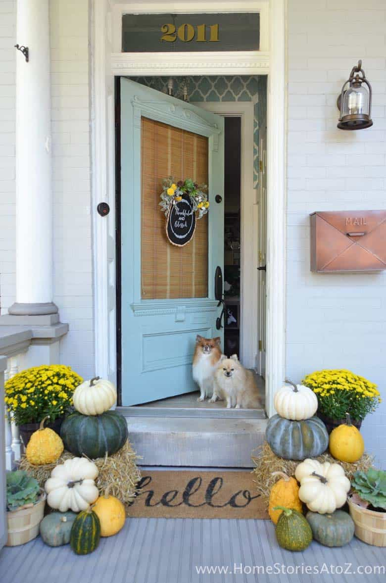 Fall-Front-Door-Decorating-Ideas-14-1-Kindesign
