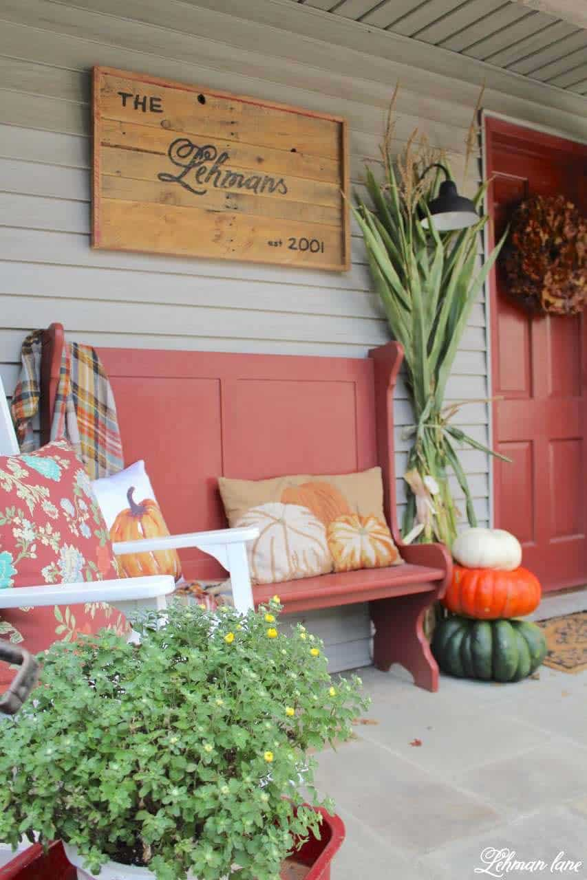 Fall-Front-Door-Decorating-Ideas-17-1-Kindesign