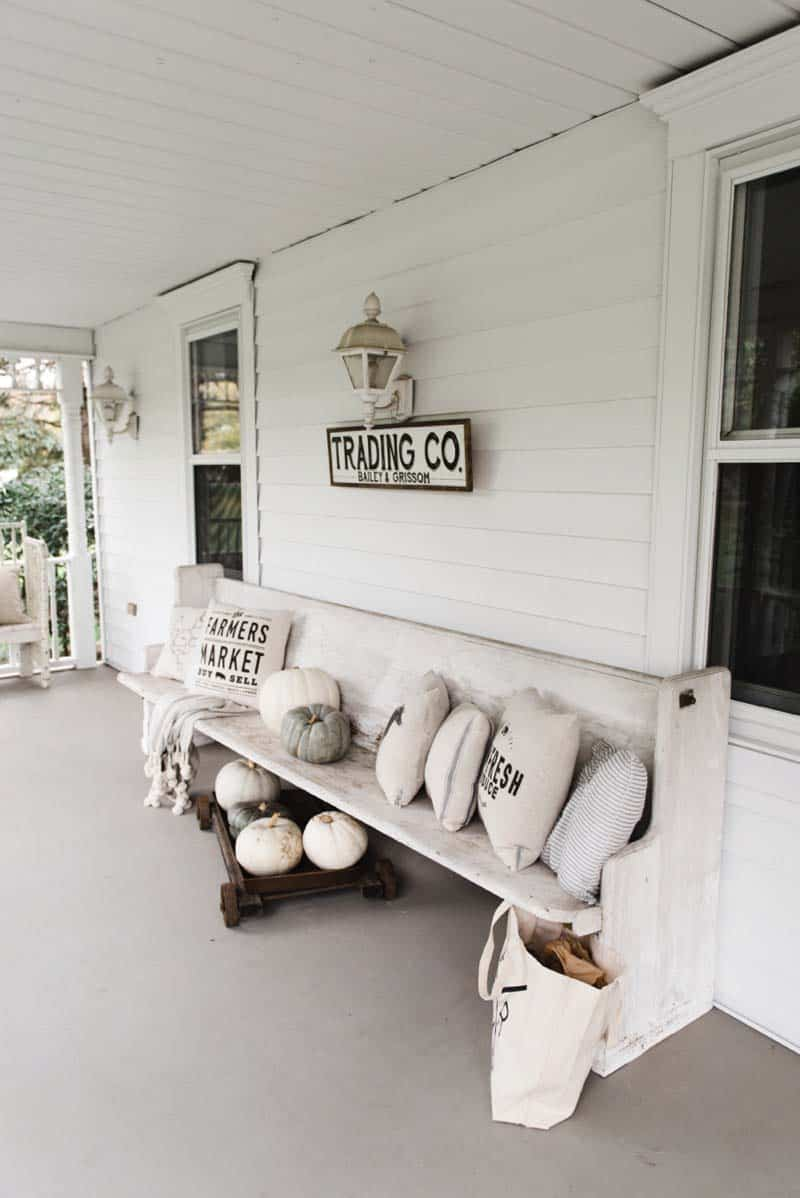 Fall-Front-Door-Decorating-Ideas-21-1-Kindesign