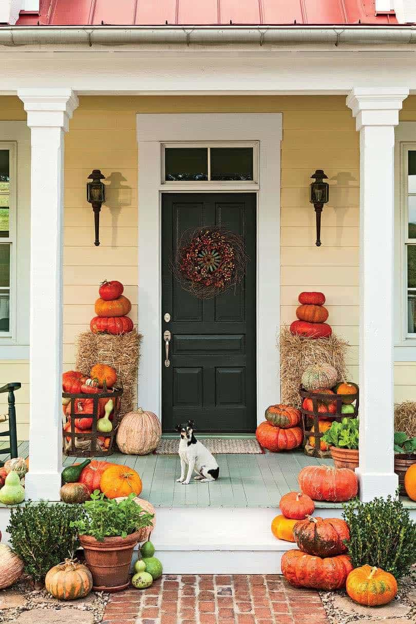 Fall-Front-Door-Decorating-Ideas-28-1-Kindesign