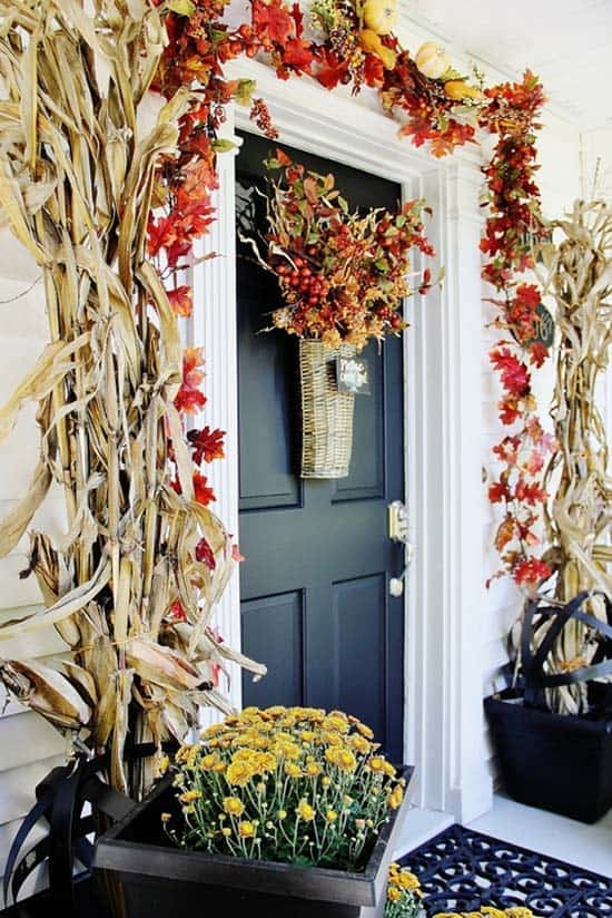 Fall-Front-Door-Decorating-Ideas-29-1-Kindesign