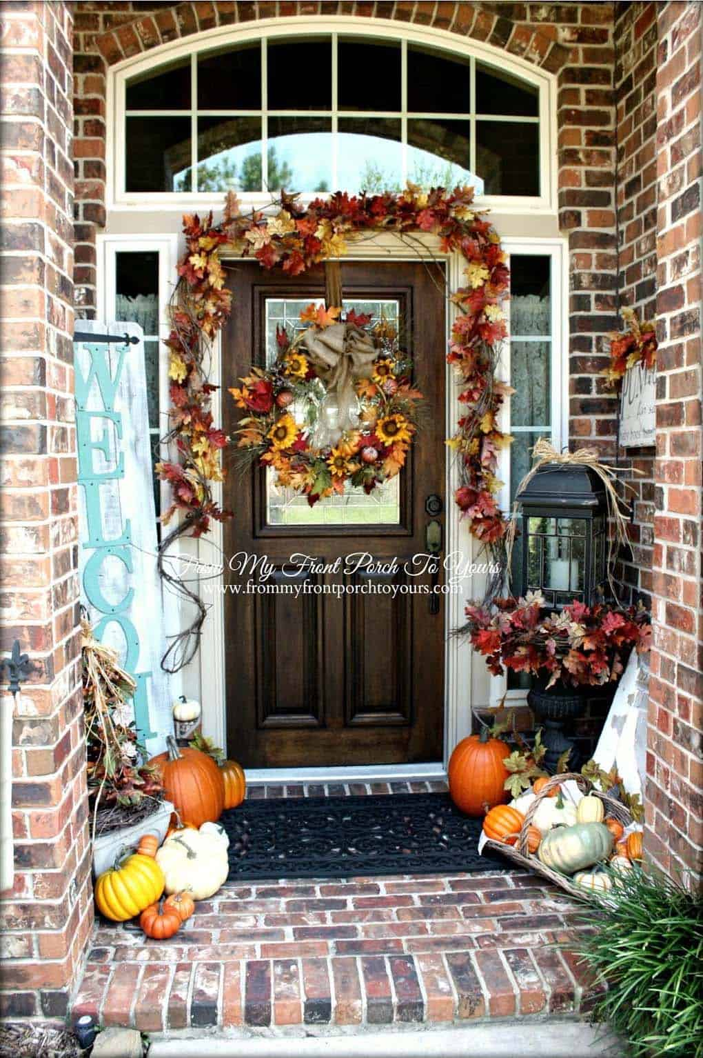 Fall-Front-Door-Decorating-Ideas-30-1-Kindesign