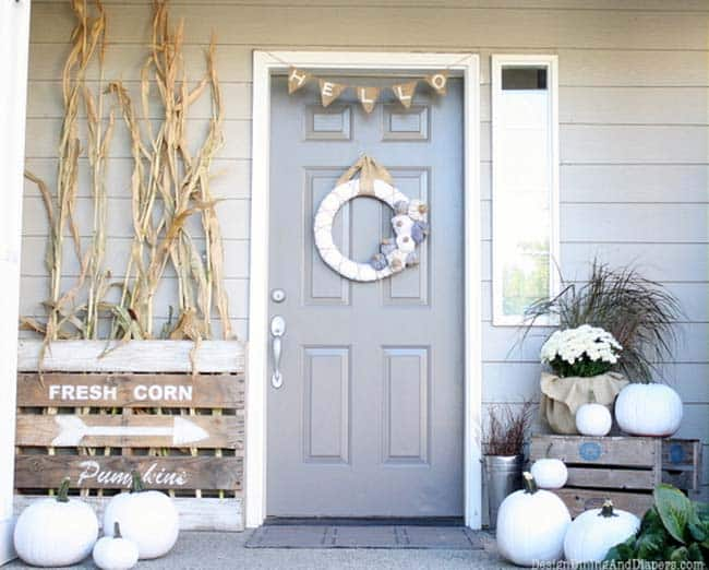 Fall-Front-Door-Decorating-Ideas-38-1-Kindesign