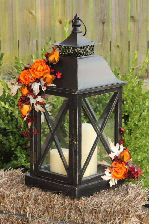 Fall-Lantern-Decorating-Ideas-14-1-Kindesign