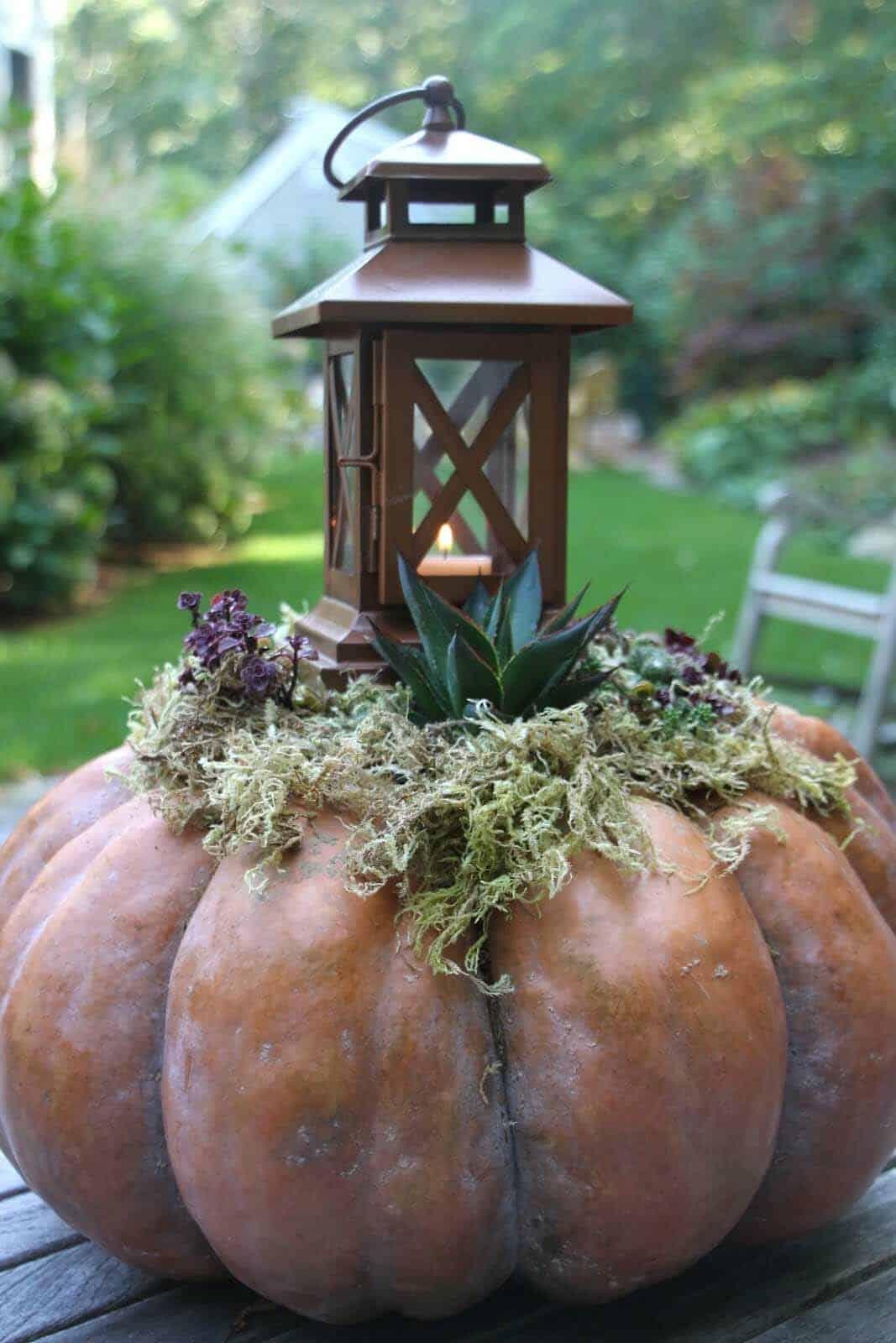 Fall-Lantern-Decorating-Ideas-20-1-Kindesign