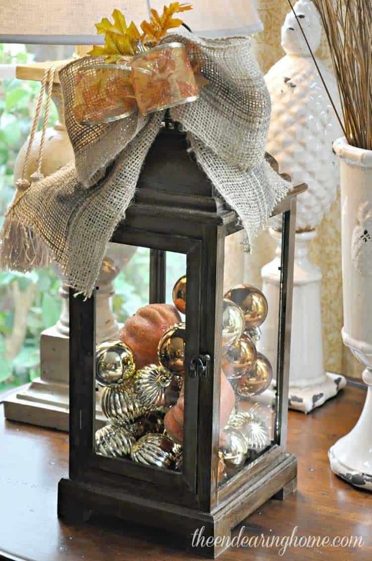 Fall-Lantern-Decorating-Ideas-22-1-Kindesign